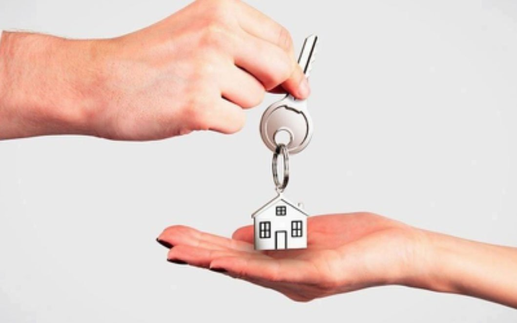 Obtaining a property and finance loan